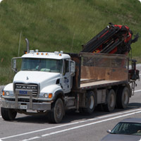 flat-bed-straight-truck-with-crane